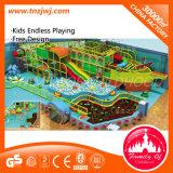 Installation de professionnels de terrain de jeux Kids Indoor pour Mcdonald