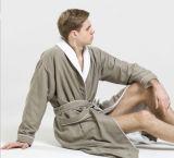 鉱泉のパジャマのホテルの浴衣の中の着色されたPeachedファブリックによってリンクされるテリー
