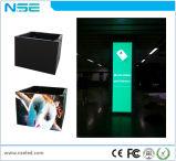 壁に取り付けられた照らされたLEDの掲示板の表示ファブリックライトボックスフレーム