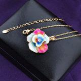 De Halsband van de Juwelen van de Manier van het Email van de Tegenhanger van de bloem