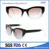 Nuovo commercio all'ingrosso Eyewear/occhiali da sole di modo di disegno di buona qualità
