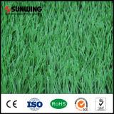 Tappeto erboso artificiale di calcio del campo di gioco del calcio della moquette poco costosa dell'erba