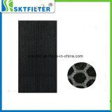 Il filtro attivato dal carbonio per assorbe la polvere ed il coregone lavarello