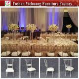 Estilo 2017 novo e cadeira de empilhamento de venda quente do ouro e a branca do restaurante do hotel do banquete de Chiavari para o casamento e o evento e o partido (YC-D276)