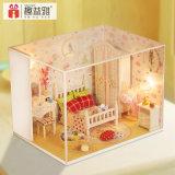 Precio de fábrica con la miniatura de los muebles de la casa de muñeca de la luz y de los muebles