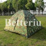 Im Freien kampierendes Zelt für Lagerfeuer der Personen-3-4