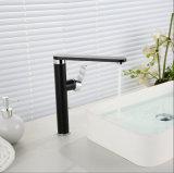 Однорычажный черный Faucet тазика цвета