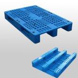 Blauwe Op zwaar werk berekende Stapelbare Plastic Pallet
