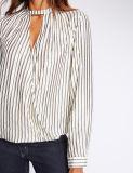 Camisa larga de la funda del cuello rayado de la muesca