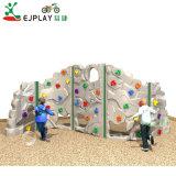 Equipamento de parque infantil exterior quente filhos uma parede de escalada