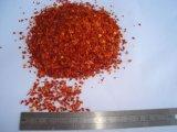 Piments d'un rouge ardent écrasés