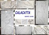 Bancadas artificiais da decoração de Calacatta da pedra de quartzo para a cozinha