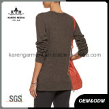 Vêtement urbain de chandail de cavalier d'oeillet tricoté par femmes