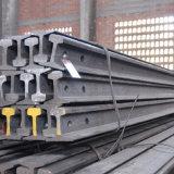 Stahlkran-Spur befördert Schiene Qu70 mit der Eisenbahn