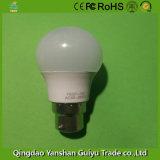 Lâmpada LED 3W com alumínio e corpo de plástico, Base B22