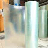 ガラス繊維によって曲げられる屋根のパネル