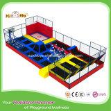 Sosta rettangolare poco costosa del trampolino di alta qualità con le reti di sicurezza