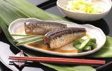 Peixe de sardinha em conserva vendida quente em óleo vegetal
