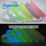 Wristband del silicone di alta qualità con incandescenza nello scuro