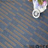 Mattonelle di pavimento adesive del vinile del PVC del bastone di auto del reticolo della moquette