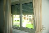 Нижняя ось прикрепляет на петлях двойные стеклянные алюминиевые двери и Windows