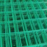 O PVC da alta qualidade revestiu o painel de engranzamento soldado gado do fio