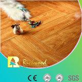 pavimento laminato V-Grooved resistente dell'acqua della noce dello specchio di 12.3mm