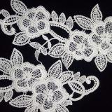 Applique del tessuto dei branelli della zona del ricamo del filetto del fiore del merletto del Crochet di modo
