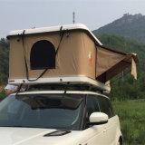 Barraca dura branca por terra de acampamento da parte superior do telhado do carro da fibra de vidro do escudo
