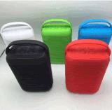 新しいK68 Bluetoothのスピーカーの無線携帯用屋外のステレオスピーカーの音楽プレーヤーの小型拡声器