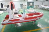 Los militares de Funsor rescatan el bote patrulla (RIB-480C)