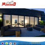 تصميم حديثة خارجيّة أو يعيش غرفة بناء يثبت أريكة أثاث لازم