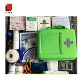 Exemplo médico de EVA do jogo de primeiros socorros com acessório médico