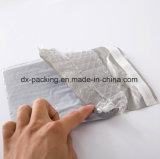 Der Umschlag-Beutel des Plastikluftblasen-Umschlags wird angepasst
