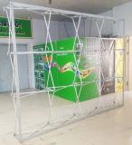 L'étalage droit de tissu de Tesion d'exposition, sautent vers le haut le stand de drapeau