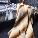 رفاهية [هيغ-ند] وحشيّة ثديي غطاء فروة [إيتلين] [5كغ]