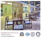La mobilia semplice del ristorante ha impostato con la poltrona di legno (YB-R-15)