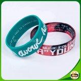 Mehrfache Farbewristband-Form-Armbänder für Geschenk