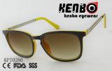 Moda óculos de sol com a linha tinta no Templo Kp70286