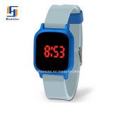 多彩なシリコーンのタッチ画面のフラッシュLED軽いデジタル腕時計