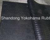 細道のゴム製マット1900*1350*20mmは飼料の製造所のために使用した