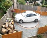 A rotação da plataforma giratória do carro para o parque de estacionamento interior