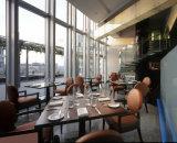 レストランの家具またはレストラン表および椅子またはレストランの家具セットか家具セットを食事すること