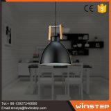 Luz preta interna do pendente da forma nova para a sala de jantar