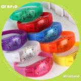 Wristbands de Wrs21 RFID para los acontecimientos con la función del LED (GYRFID)