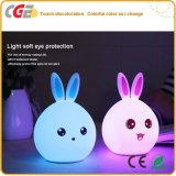 Cadeau sec du lapin DEL DEL de cadeaux de vacances de lumière mignonne colorée neuve de Tableau, lumière de nuit de silicones