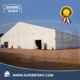 Tienda grande del almacén para el almacenamiento temporal en Arabia