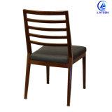 Venda a cadeira de jantar de metal quente imitado Restaurante de madeira escura