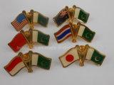 O Pin do Lapel das bandeiras nacionais embandeira o emblema (GZHY-LP-010)