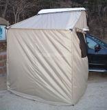 De kleedkamer van de Tent van het Dak met de Hoogste Tent van het Dak van het Canvas